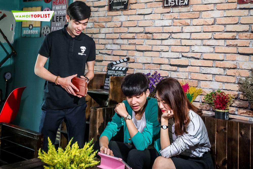 kham-pha-10-quan-cafe-phim-ha-noi-doc-dao-khong-gian-cuc-chat