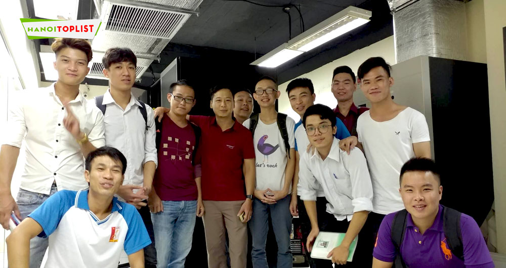 cong-ty-co-phan-cong-nghe-anh-sang-viet