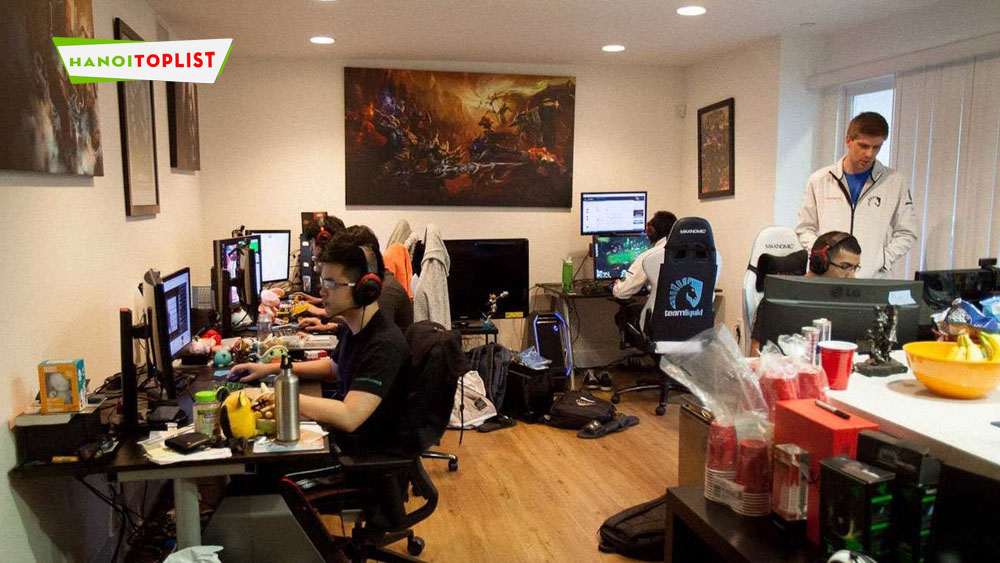 gaming-house