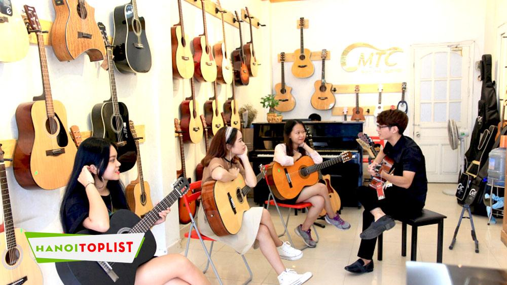 ukulele-mtc-trung-tam-day-dan-ukulele-o-ha-noi