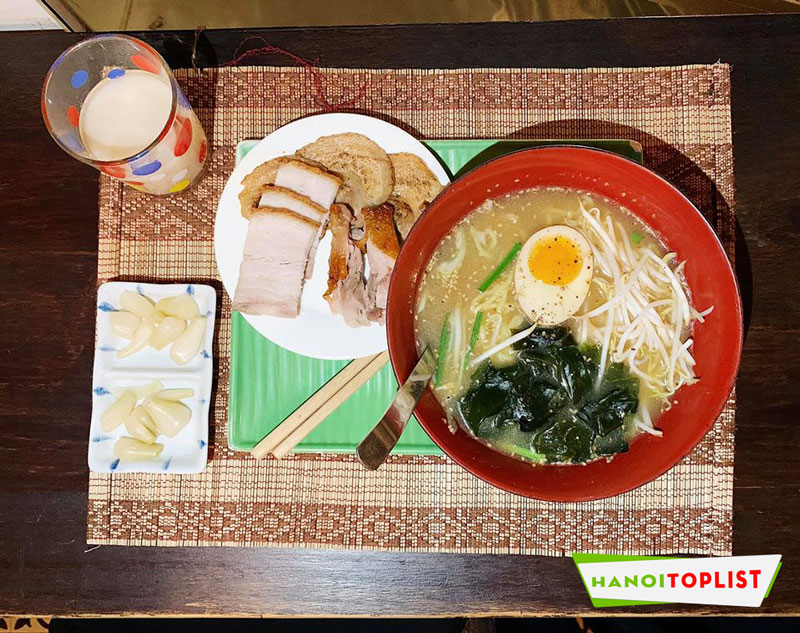 mi-ramen-ha-noi-moto-san-uber-noodle