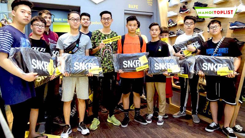 shop-giay-sneaker-hnmsneaker-hanoitoplist