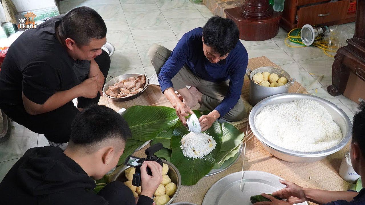 Người Hà Nội quây quần bên mâm gói bánh chưng đón Tết cổ truyền #hnp